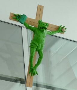 rana crocifissa verde